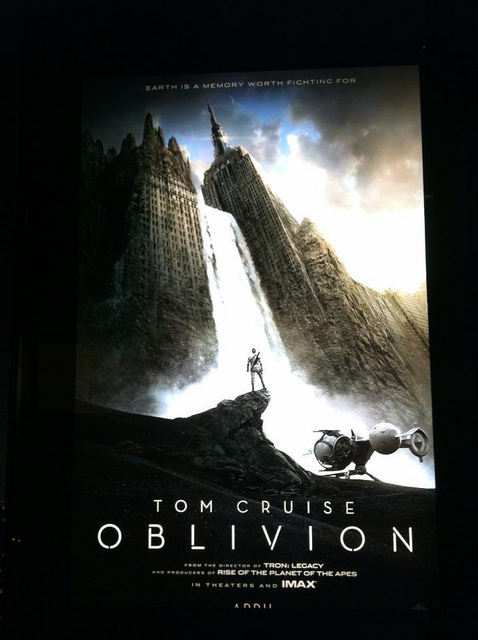oblivion Tom Cruise movie by bubbletea1